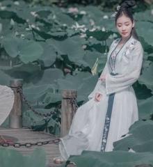 洪湖公园—— 桃小薇
