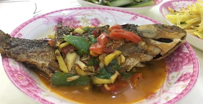 婆婆做的幾個家常小菜,家里小朋友喜歡吃干