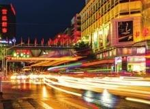 仙桃沔陽大道夜景一瞥,城區燈光璀璨