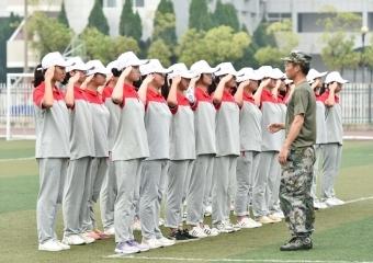 2020仙桃中学高一新生军训掠影