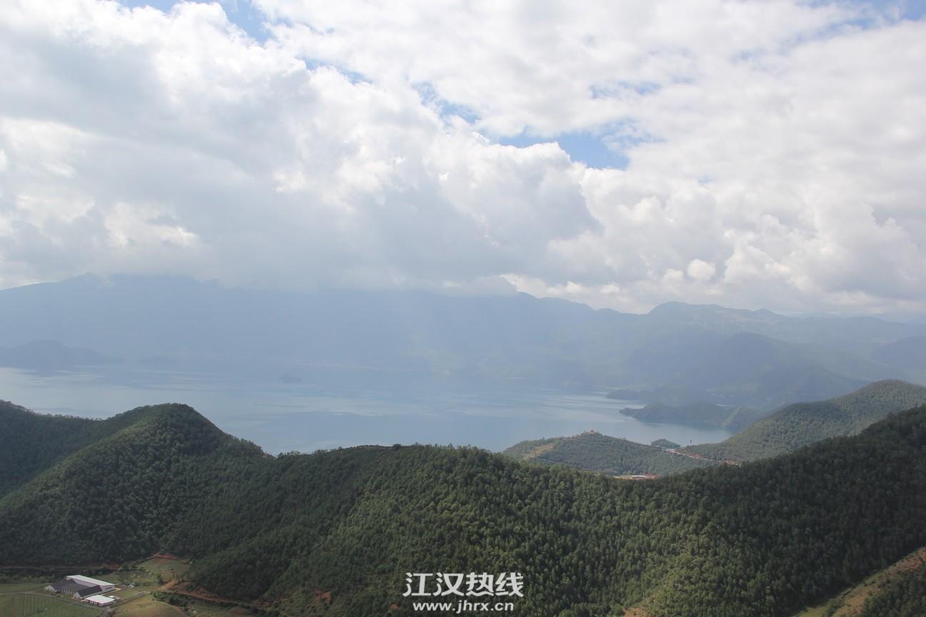 鸟瞰泸沽湖